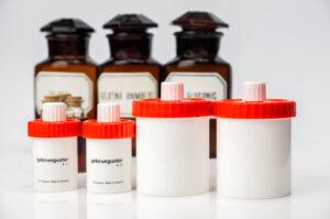 Na szeroko rozumianą trwałość leku składają się między innymi trwałość chemiczna, trwałość fizyczna (fot. receptura.pl).