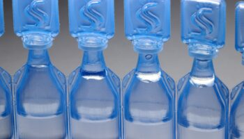 Jałowe krople do oczu od momentu wykonania nieotwierane są ważne miesiąc (for. Pixabay.com).